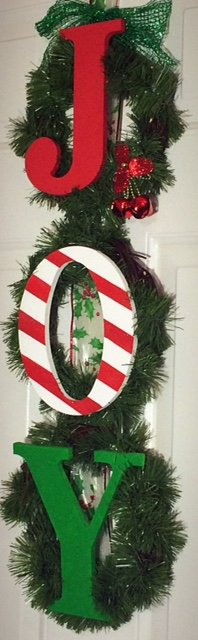 DIY Joy Christmas Wreath