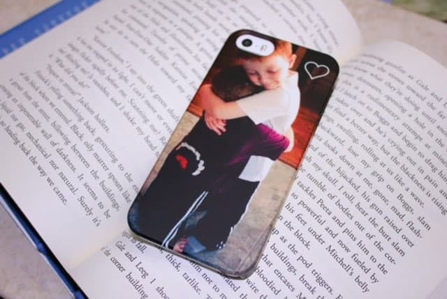 Custom iphone case CaseApp