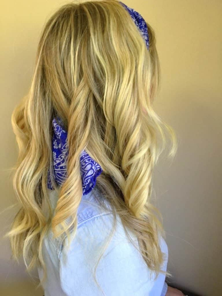 easy-game-day-scarf-hair-tutorial-11
