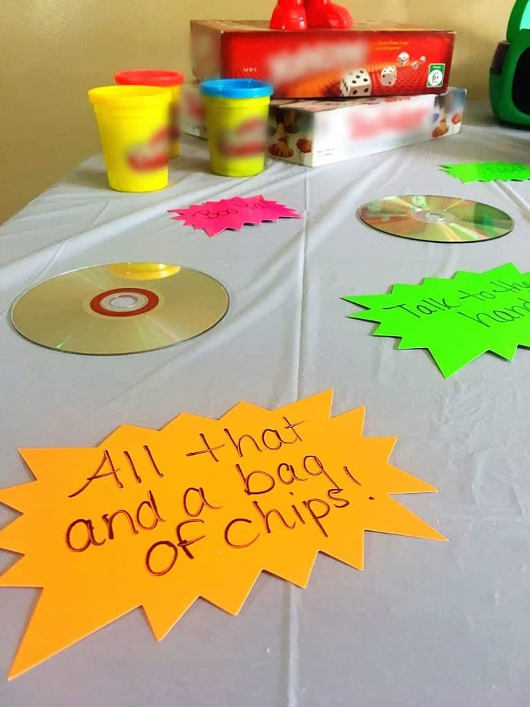How to Throw the Perfect '90s Throwback Party