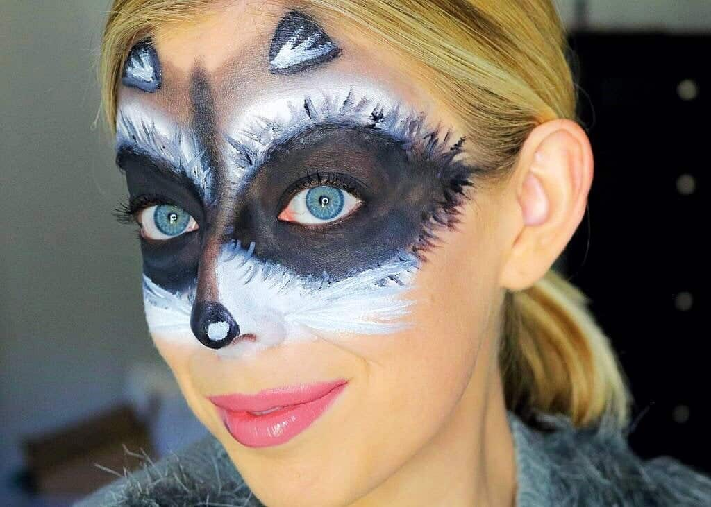 Cute And Easy Raccoon Makeup Mask Halloween Tutorial Kindly Unspoken