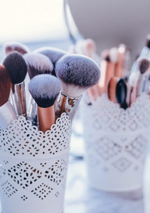 Ultimate Makeup Brush Guide