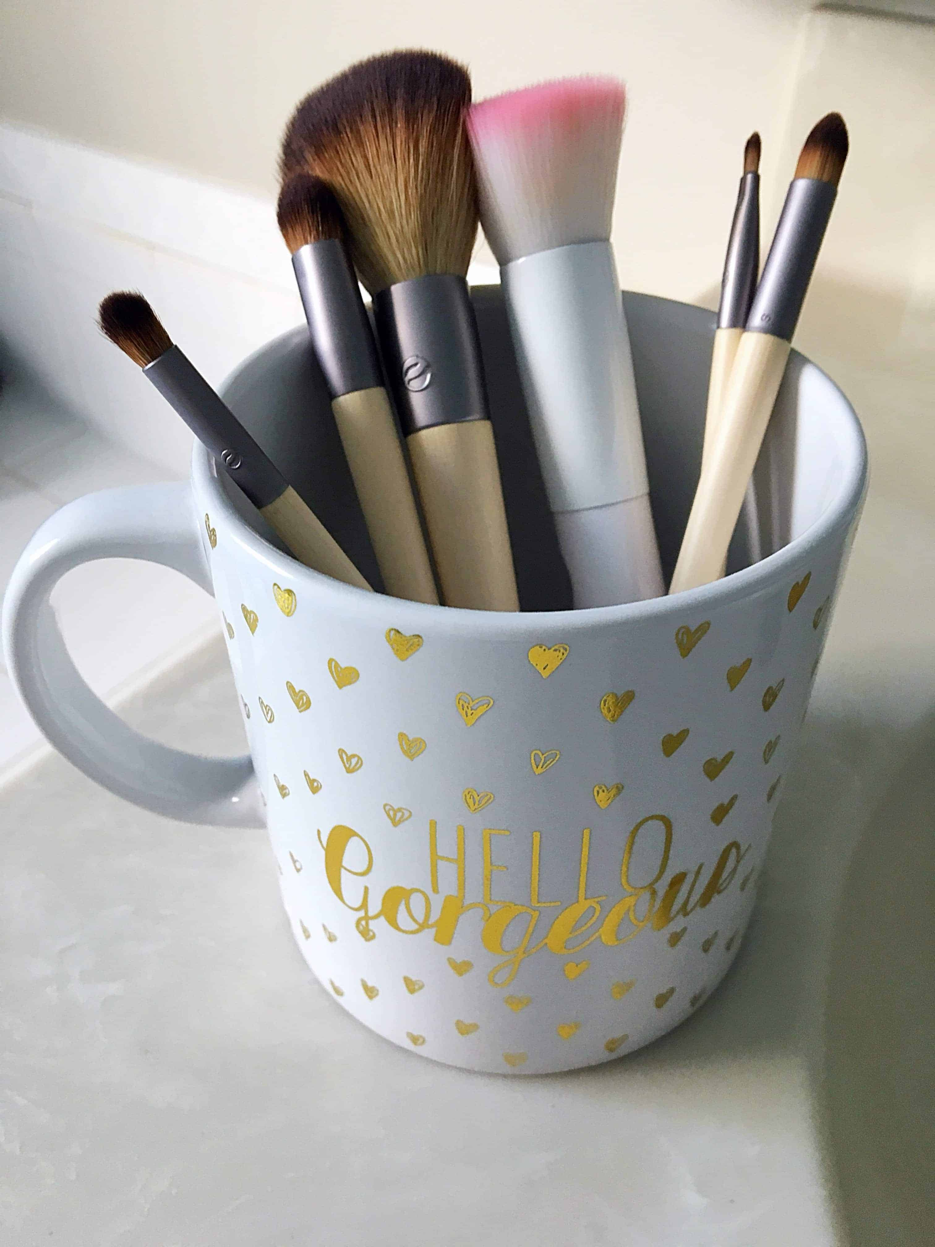 How To Best Clean Makeup Brushes Kindly Unspoken