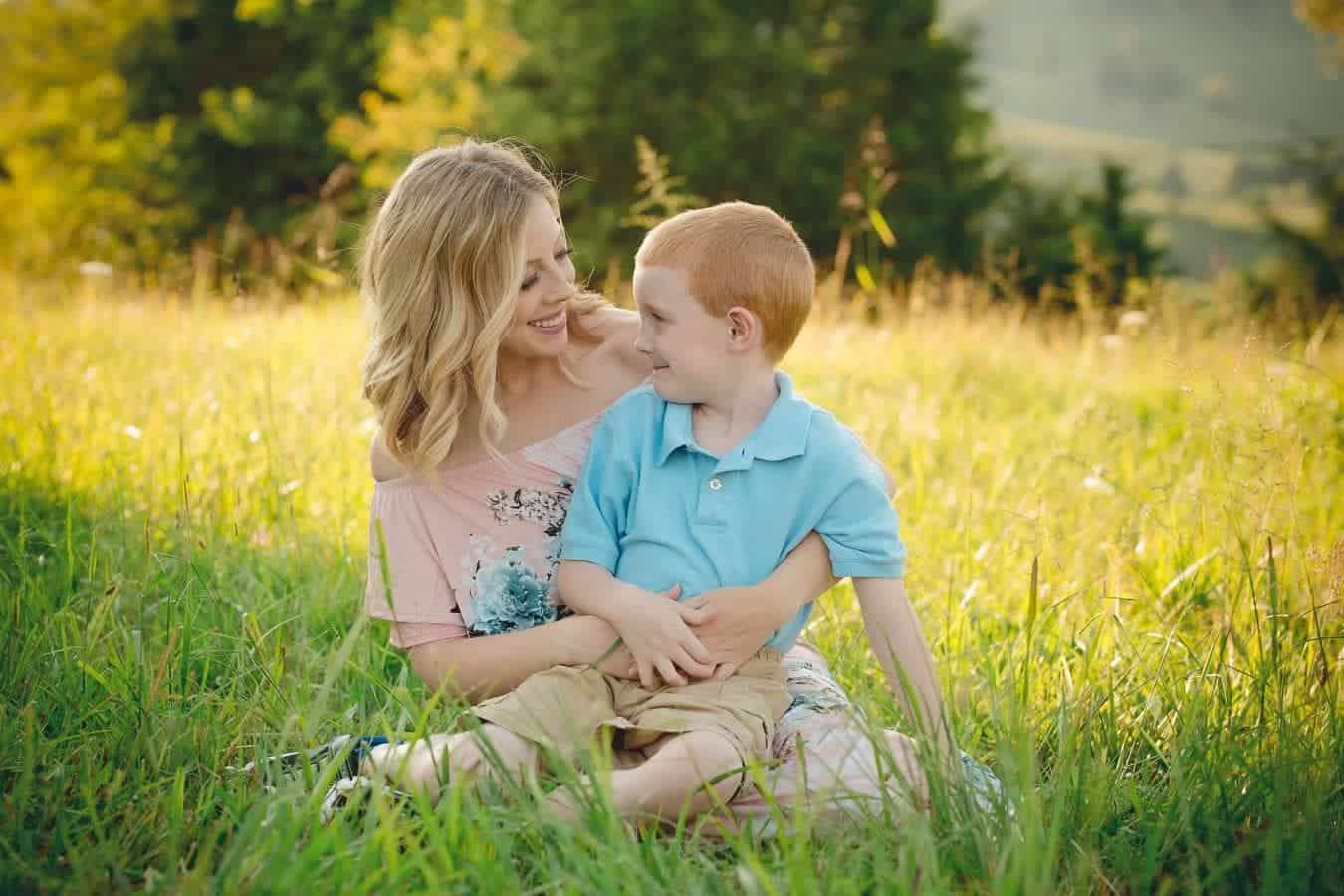 Being a mother to kids is an incredible gift, so today I'm sharing 5 important life lessons my boys taught me. From lessons learned to important truths, I'm sharing bits of encouragement on how to be a better mom and why we should learn from our children and take their advice on living life to the fullest, playing more and worrying less, and lovingunconditionally. #motherhood #parenting #parentingadvice #parentingtips #momlife