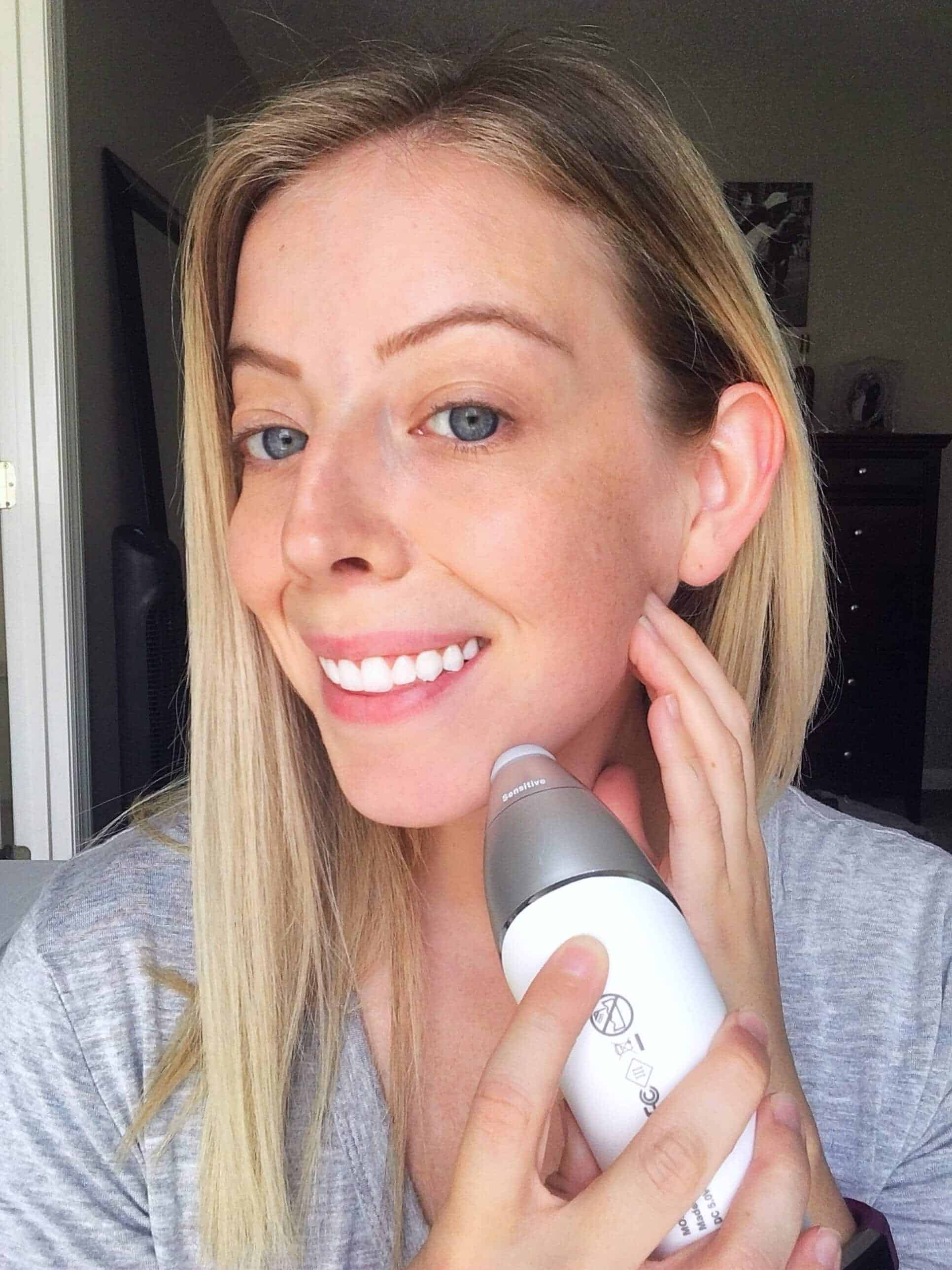 Curious about the skincare benefits of at home microdermabrasion? Check out my post on what microdermabrasion is, how to do easy, at home microdermabrasion, and the best microdermabrasion device to use. #skincare #microdermabrasion #skincaretips #skincaretutorial