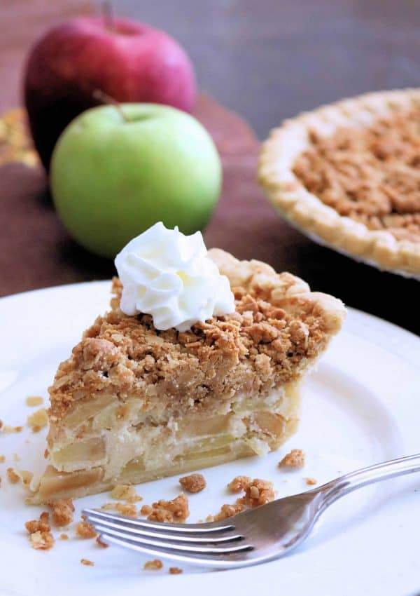 Peanut Butter Apple Crumb Pie
