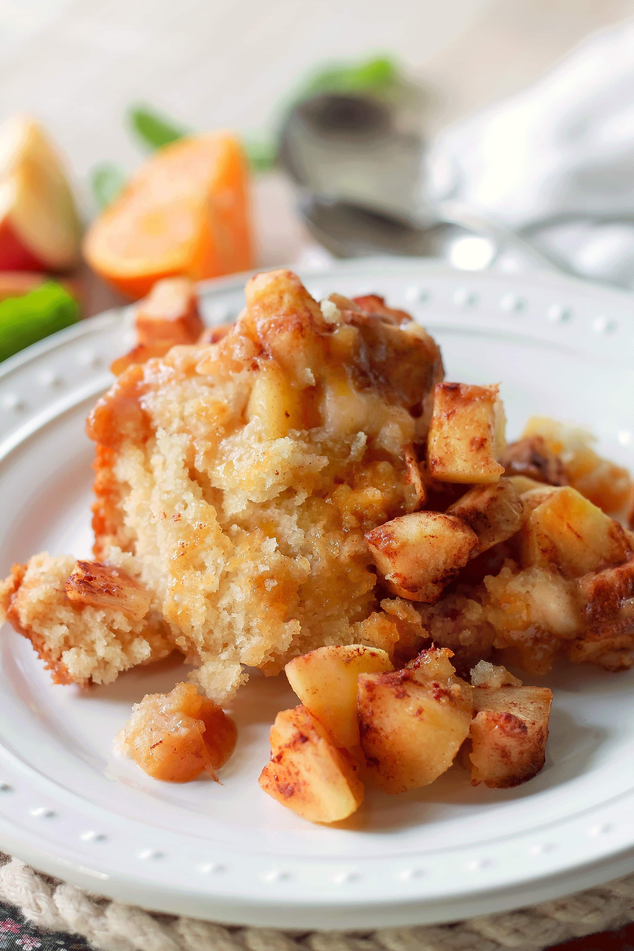 Crock Pot Apple Pudding Cake - Love apple desserts? Get your fall baking on with these 15 delicious and easy apple dessert recipes including the best apple pies, cakes, apple crisp, and more! #applerecipes #appledesserts #baking #fallbaking