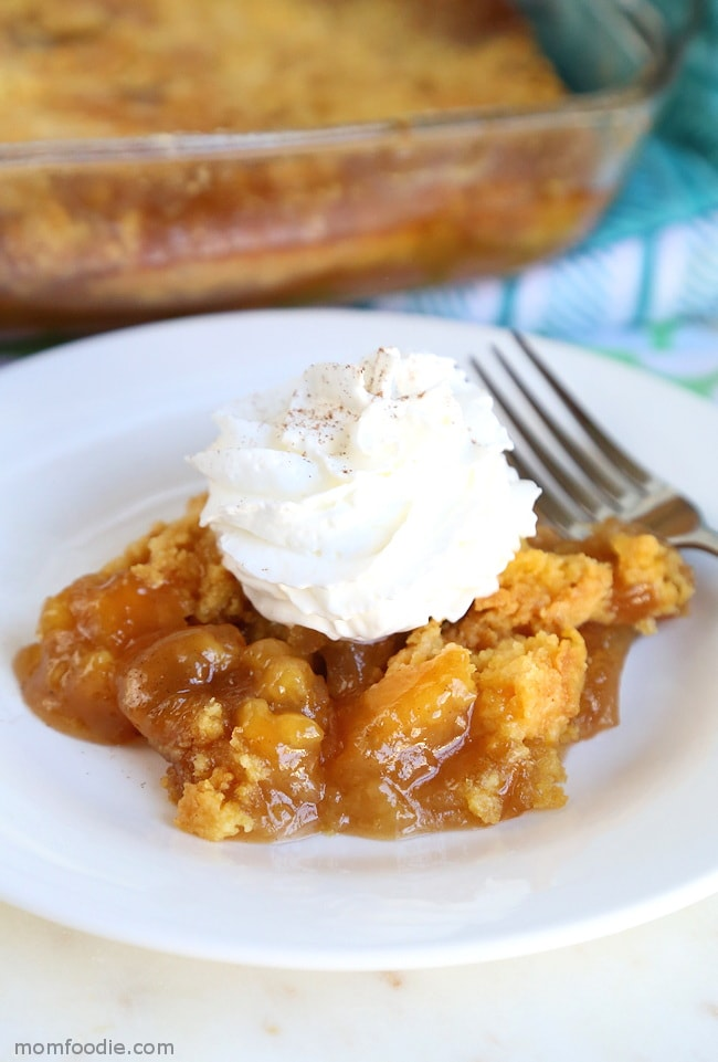 Caramel Apple Dump Cake - Love apple desserts? Get your fall baking on with these 15 delicious and easy apple dessert recipes including the best apple pies, cakes, apple crisp, and more! #applerecipes #appledesserts #baking #fallbaking