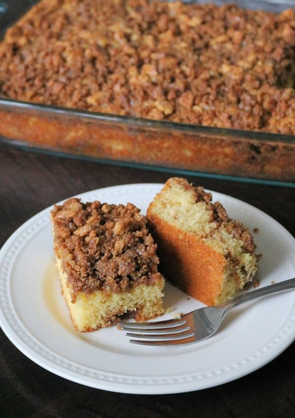 Graham Cracker Cinnamon Streusel Coffee Cake