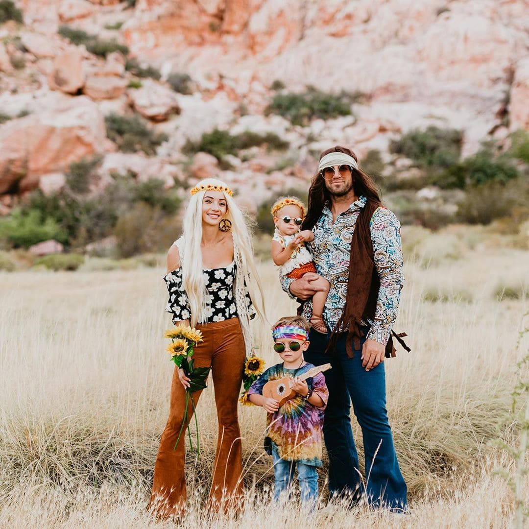 Hippie Family Halloween Costumes - Looking for cute, cheap, and easy Halloween costumes or unique last-minute, DIY Halloween costume ideas? Check out these 40 Creative Halloween Costume Ideas for women, moms, cute couples, small and large families, and best friends! You're sure to win the best Halloween costumes with these picks. #halloween #halloweencostumes #halloweencostumeideas #easycostumes