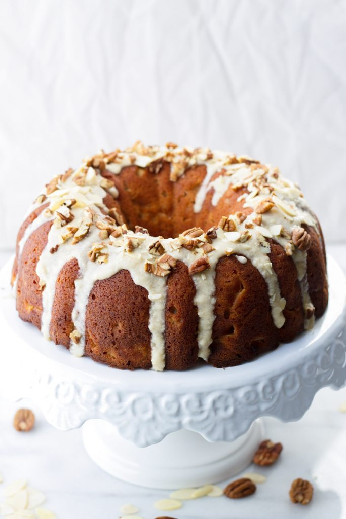 Apple Bundt Cake - Love apple desserts? Get your fall baking on with these 15 delicious and easy apple dessert recipes including the best apple pies, cakes, apple crisp, and more! #applerecipes #appledesserts #baking #fallbaking