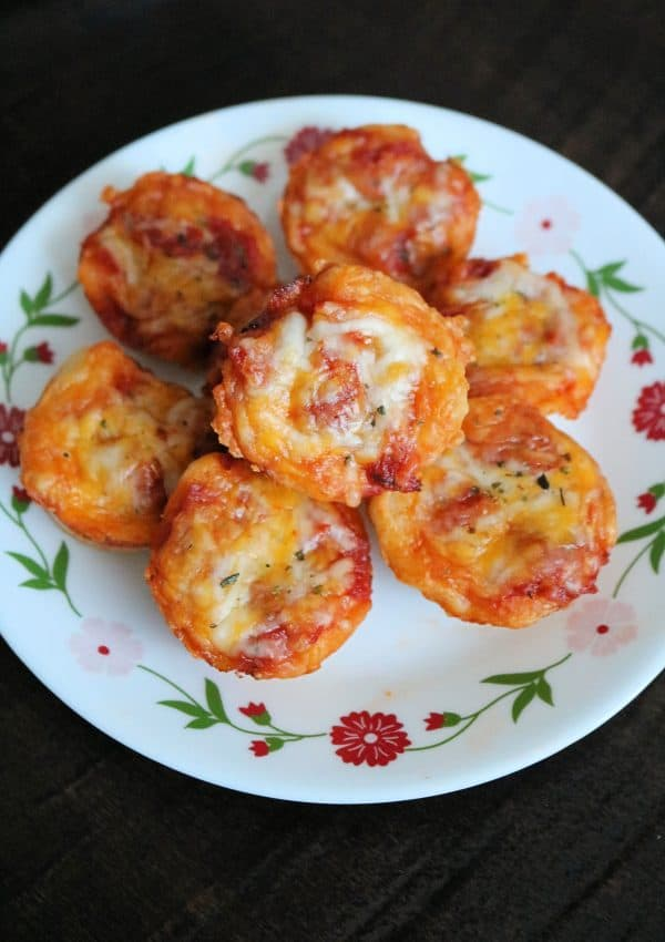 Easy Mini Pepperoni Pizza Muffins