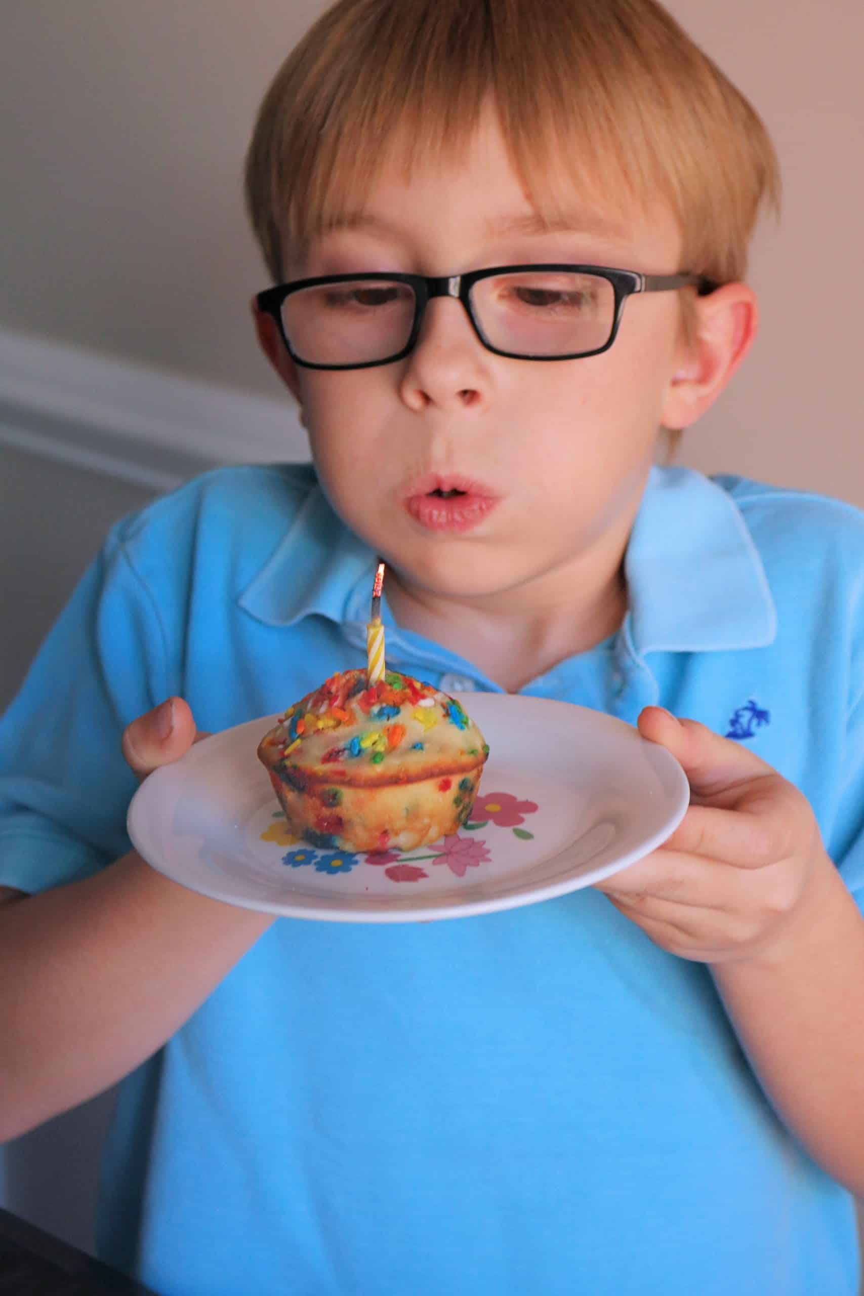 Delicious Sprinkle Birthday Cake Muffins So Easy Kindly Unspoken