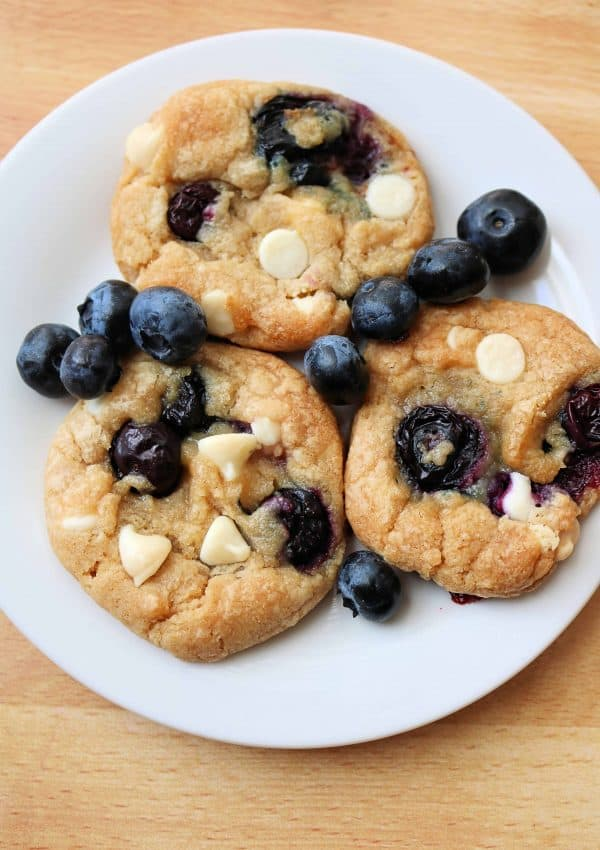The Best Blueberry Cheesecake Cookies