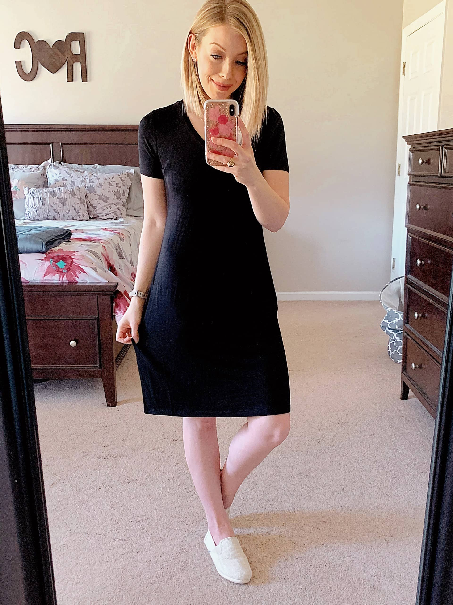Need Amazon clothing recommendations? Check out my Affordable Amazon Fashion Haul with affordable and cute dresses, tops, pants, t-shirts, and casual outfits you'll love for transitioning to spring and summer. #amazonhaul #amazonfashion #springfashion #affordablefashion