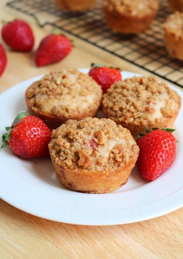 Homemade Strawberry Cheesecake Muffins