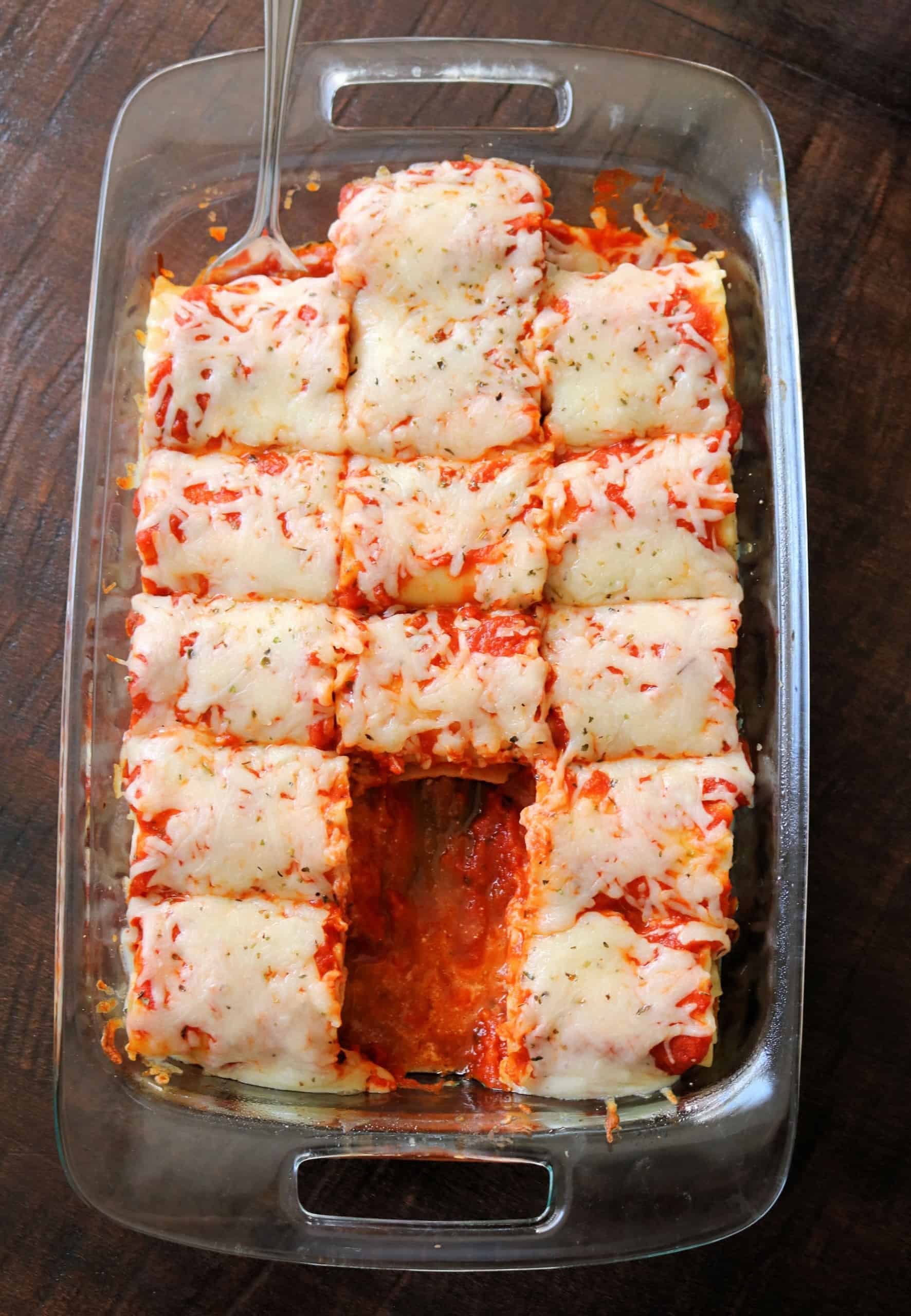 Try my Pepperoni Pizza Lasagna Roll Ups recipe for an easy, delicious family dinner! Make these easy lasagna roll ups in under 30 minutes with lasagna noodles, pepperoni slices, marinara sauce, ricotta, and mozzarella cheese. Can make ahead and freeze too! #lasagna #dinner #easyrecipe