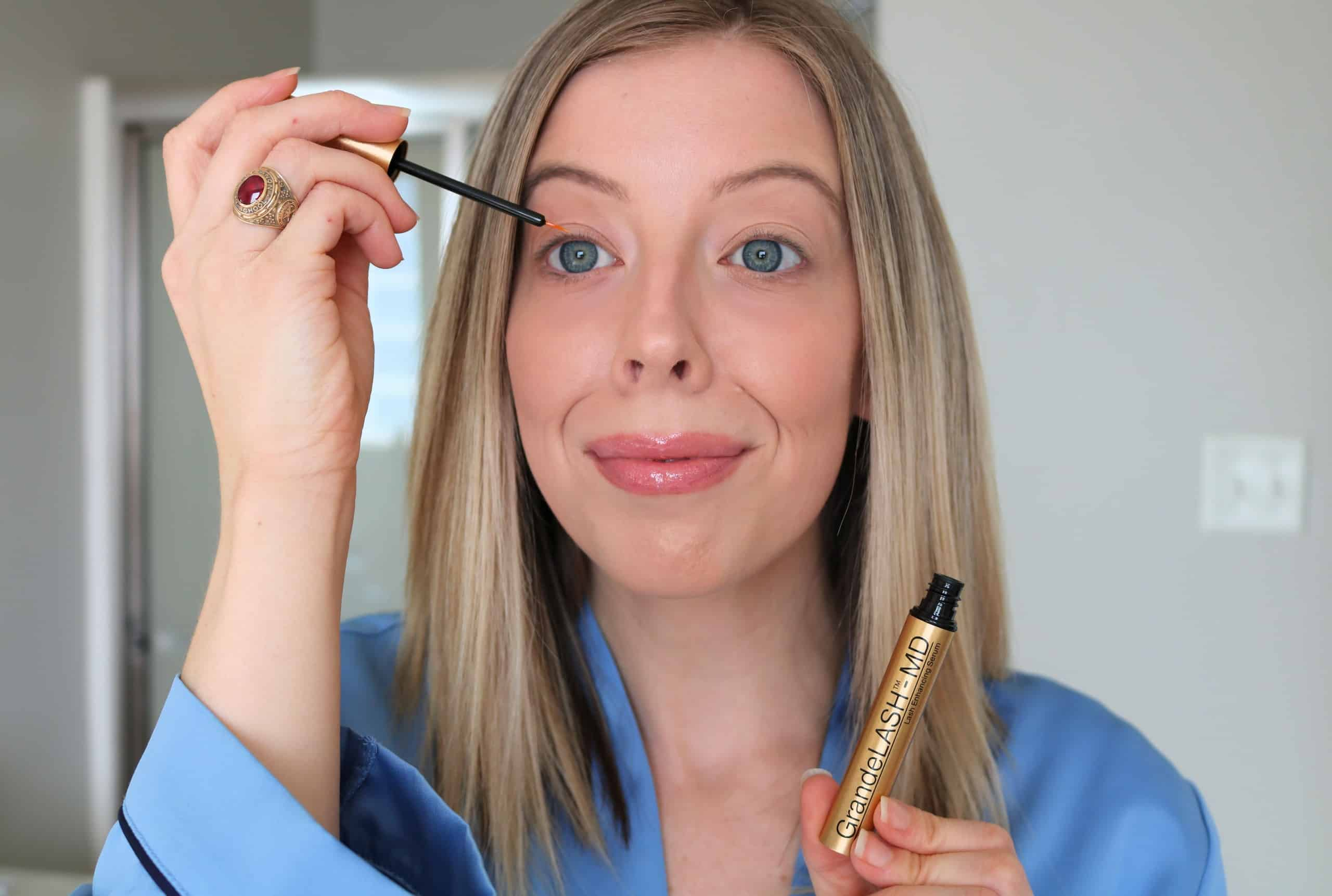 Looking for the best lash serum and tips on how to achieve longer-looking lashes? Check out my full guide using the GrandeLASH-MD Lash Enhancing Serum, with helpful dos + don'ts, and tips on how to apply lash serum the correct way! #GrandeCosmetics #GrandePARTNER #lashserum #beautytips
