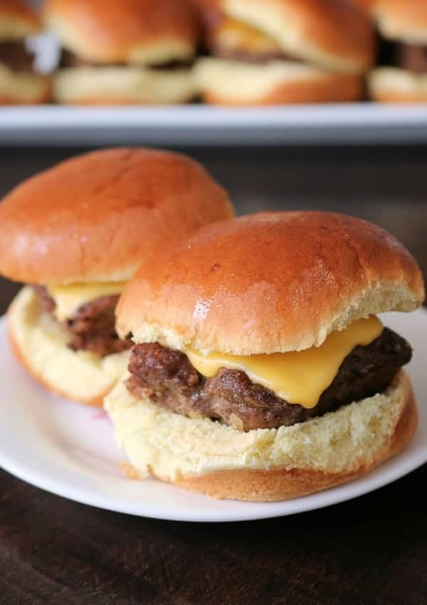 Delicious and Easy Cheeseburger Sliders