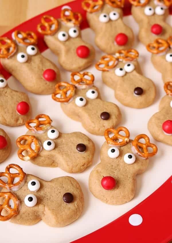 Easy Peanut Butter Reindeer Cookies (Kid-Friendly!)