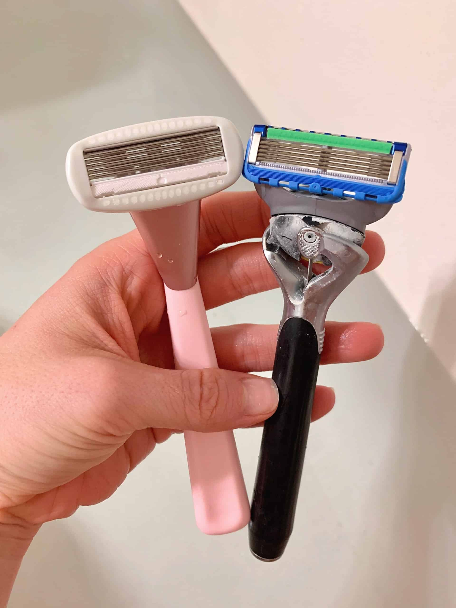 Curious if the Athena Club Razor Kit is the best razor ever? Check out my Honest Athena Club Razor Review below with a promo code to save $5 off your first order! #athenaclubrazor #bestrazor #beautyreview #womensrazor